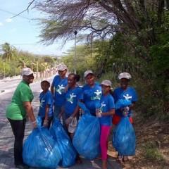 Etentje gedoneerd door HBN Law na de Curaçao Clean actie