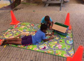 Samen spelen – Play together